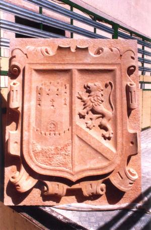 Escudo del Ayto. de Pedraza (Segovia). De 90 cm en Piedra Rosa Sepúlveda.