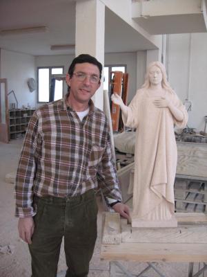 Reproducción de Santa Águeda en Piedra Rosa Sepúlveda de 90 cm.Escultura de Salvador Amaya.