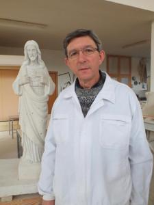 Proceso de talla del Corazón de Jesús. Piedra de Campaspero. (3)