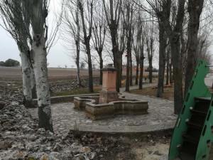Fuente en parque público de Traspinedo (Valladolid).