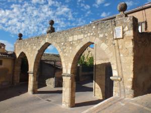Restauración y reconstrucción de los arcos de la judería en Sepúlveda (Segovia).