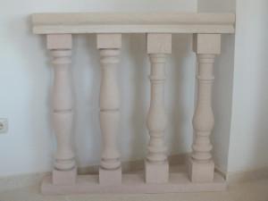 Detalle balaustrada de Piedra Rosa Sepúlveda. Gran variedad de balaustres