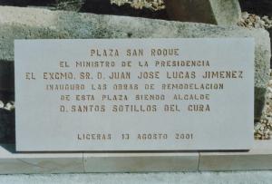 Placa Conmemorativa de la inauguración de una Plaza de Liceras (Soria) 80 x 40 cm.