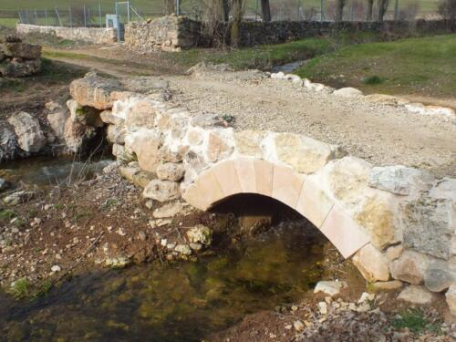 Trabajo de Restauración en Puente Romano de Navares de Ayuso (Segovia).