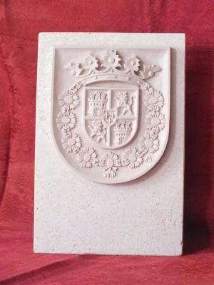 """Trofeo de resina imitación Piedra Rosa Sepúlveda """"Premio Empresas de la Comunidad de Villa y Tierra de Sepúlveda""""."""