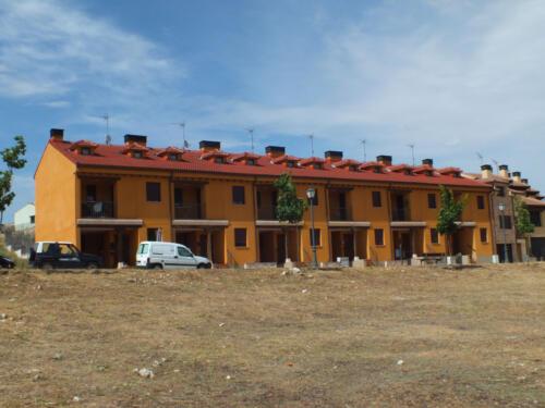 Bloques de viviendas en la urbanización Buen Hombre de Sepúlveda.