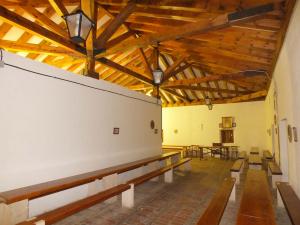 Cubierta de madera vista en la casa de Hermandad de la Cofradía de la Virgen de la Peña. Sepúlveda.