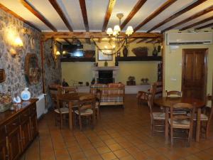 Salon del Centro de Turismo Rural Puente del Duratón en Sepúlveda.