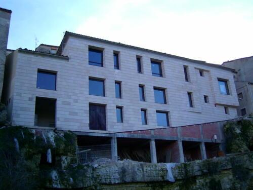 Antigua Casa Cuna de Sepúlveda actual edificio de oficinas y locales de uso municipal.