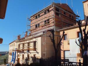Edificio rehabilitado, remodelado y ampliado. Residencia de ancianos de Cáritas Parroquial de Sepúlveda (Segovia)