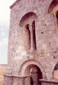 Restauración en la iglesia románica de El Salvador, Sepúlveda (Segovia)
