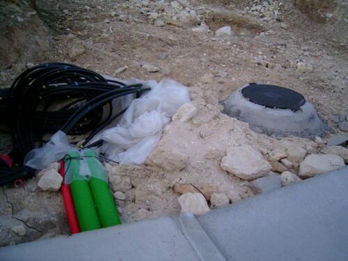 Trabajos de abastecimiento de agua, saneamientos y suministro eléctrico.