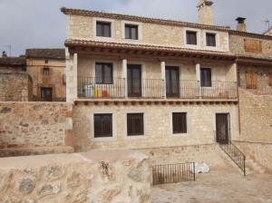 Edificio construido en  Maderuelo (Segovia).